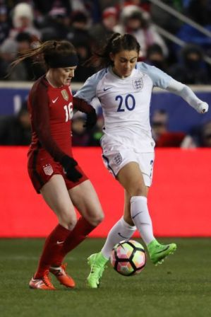 Rose Lavelle and Karen Carney of England, March 4, 2017. (Dominick Reuter/AFP/Getty Images)